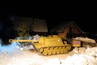 ISU-152 Snow Tank