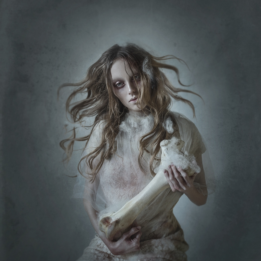 SACRIS MORTEM - Featured in Dark Beauty Magazine © Mikeila Borgia